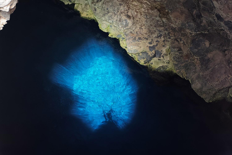 De blue eye in Buracona op het eiland Sal in Kaapverdië