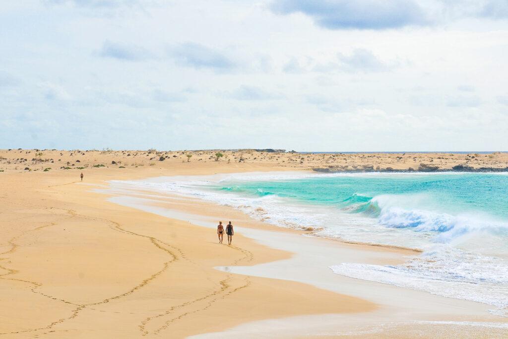 Strandwandeling op het strand van Boa Vista