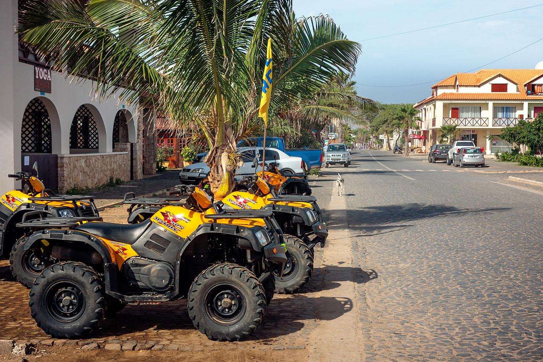 Quad huren en rijden op Sal Kaapverdië