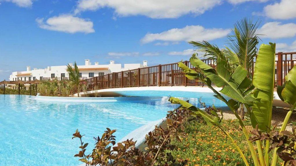 Hotel Melia Dunas Beach Resort Sal zwembad planten