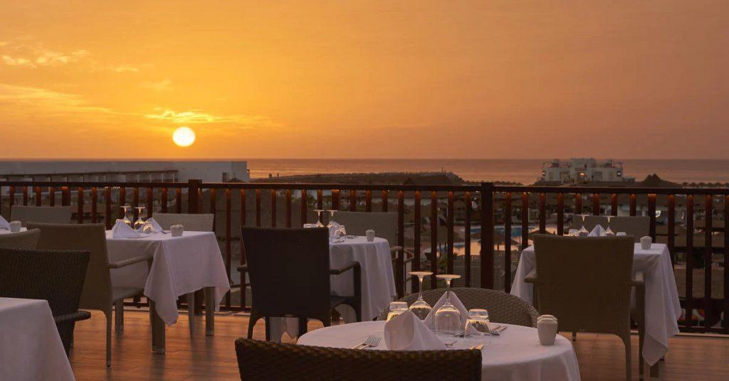Hotel Melia Llana Beach Resort Sal diner zonsondergang