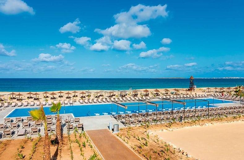Hotel Riu Palace Boavista zwembad strand