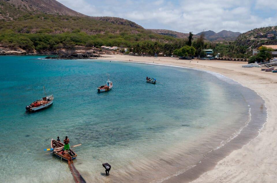 Kaapverdië Santiago Tarrafal zee bootjes