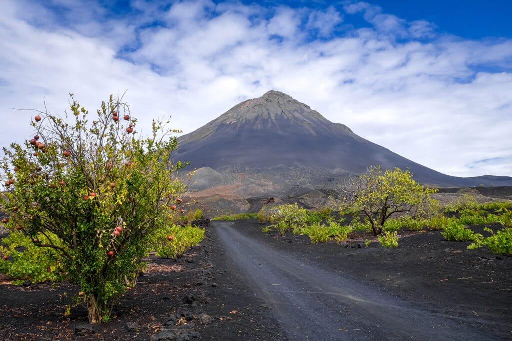 Fogo eiland en vulkaan Pico Grande in Kaapverdië