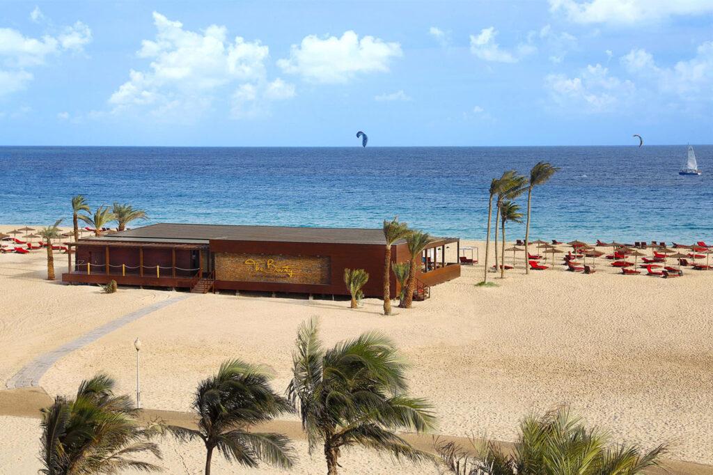Hotel Hilton Cabo Verder Sal resort, Kaapverdië Santa Maria, beachclub
