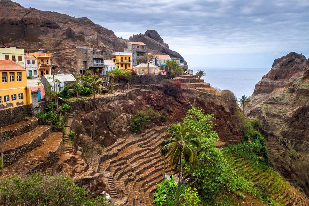Kaapverdië, Santo Antao bergen, huizen, uizicht landschap