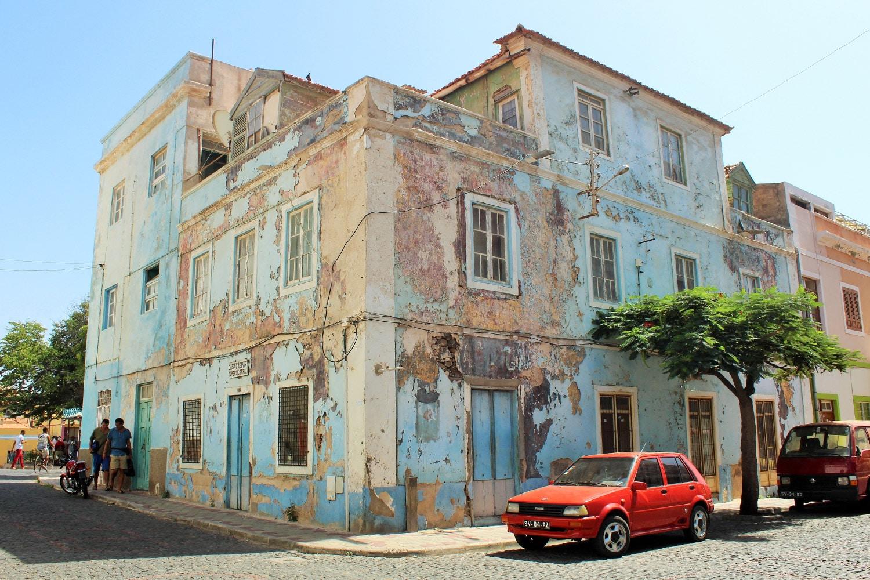 Straathoek in Mindelo, Sao Vicente Kaapverdië